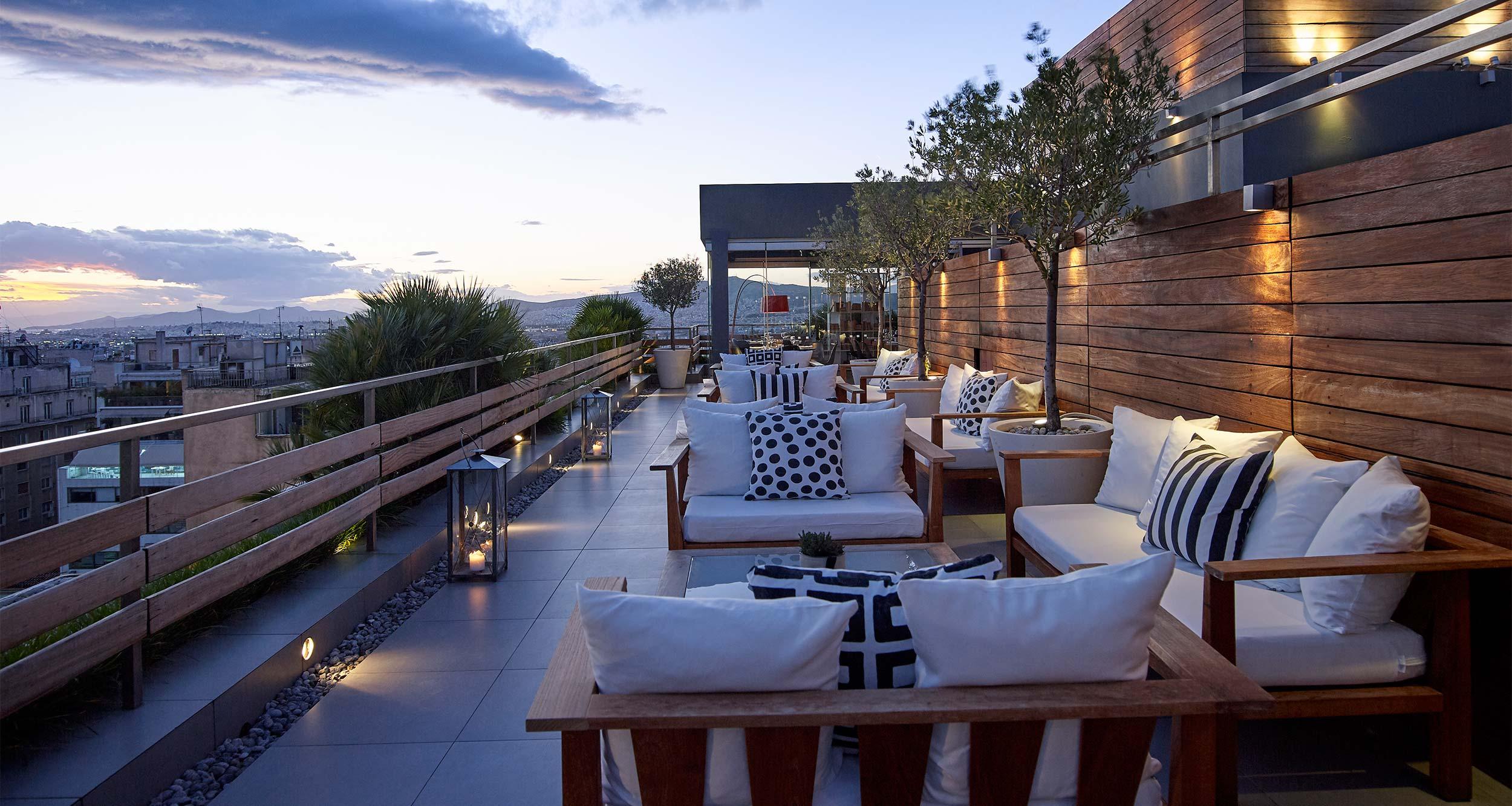 Diseño Y Ejecución De Terrazas Del Hotel Serena Valencia